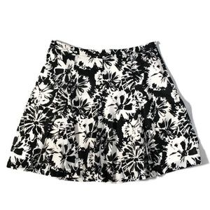 Loft a line pleat cotton floral print skirt size 8